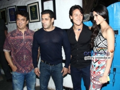 Bollywood Events Sajid Nadiadwala, Salman Khan, Tiger Shroff and Kriti Sanon at Heropanti Success Ba