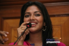 Actress Amala Paul Press Meet Photos