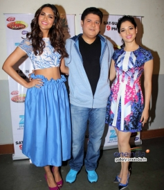 Esha Gupta, Sajid Khan and Tamannaah at Humshakals Promotion in Zee TV's DID Little Master Season 3