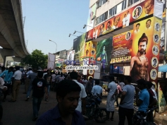 Fans celebrate the carnival of Kochadaiiyaan