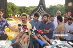 Harikrishna, Nandamuri Kalyan Ram and Jr. NTR at NTR family members pays tributes at NTR Ghat Photos