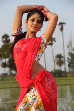 New Face Sanyathara in Meimaranthen Movie