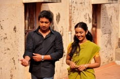 Niranjan & Nithya Shetty stills from Aivarattam
