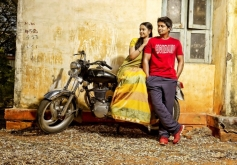 Niranjan, Nithya Shetty in Aivarattam