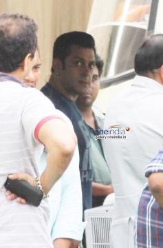 Salman Khan Snapped at Mehbob Studio Bandra Photos