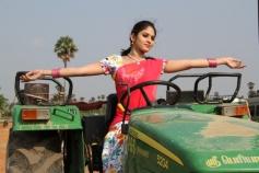 Sanyathara pics from Meimaranthen Movie