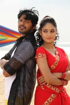Sanyathara, Sanjay in Meimaranthen Movie