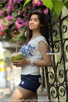 Tamil Actress Gurleen Chopra