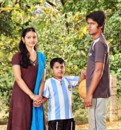 Tamil Movie Aivarattam Images