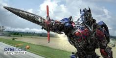 Transformers Optimus Prime (Sword pointing)