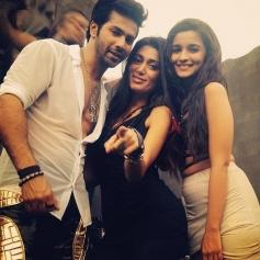 Varun Dhawan & Alia Bhatt in Humpty Sharma Ki Dulhaniya