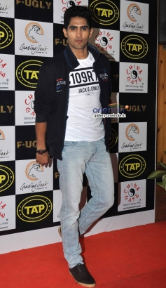 Vijendra Singh at Fugly Team Launched TAP Sports Bar
