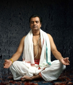 Actor Vivek stills from Naan Than Bala Movie
