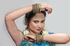 Actress Pearl D'souza Pictures