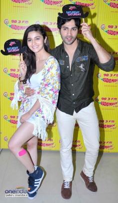 Alia Bhatt & Varun Dhawan at Promotion of Humpty Sharma Ki Dulhania at Radio Mirchi