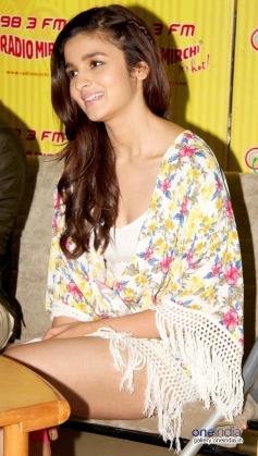 Alia Bhatt at Promotion of Humpty Sharma Ki Dulhania at Radio Mirchi