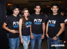 Arfi Lamba, Kiara Advani, Vijender Singh & Mohit Marwah at Peta's New Campaign Launch