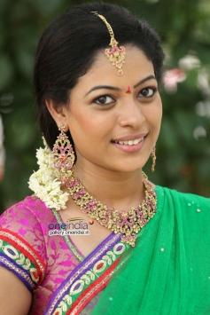 Cute Anjali Rao Pics
