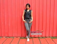 Deeksha Seth at Lekar Hum Deewana Dil Movie promotes at Splash