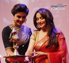 Priyanka Chopra & Madhuri Dixit at Dilip Kumar's Autobiography Launch