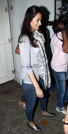 Gayatri Joshi at Holiday Special Screening
