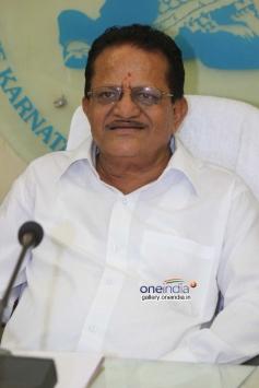 Karnataka Film Chamber of Commerce Press Meet Photos