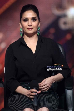 Madhuri Dixit at Press Conference of Jhalak Dikhla Jaa Season 7