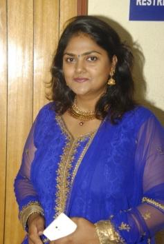 Nirosha at Chittu Kuruvi Album Launch