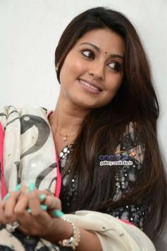 Sneha Interview about Un Samayal Arayil