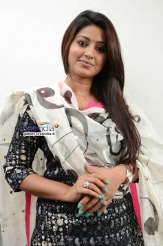 Sneha Interview Photos about Un Samayal Arayil
