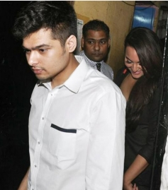 Sonakshi Sinha leaves after having a blast at her Birthday Party
