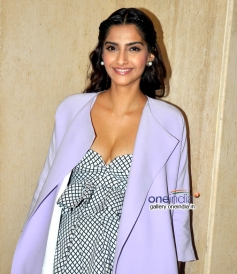 Sonam Kapoor at Media Interactions of Show 'Look Who's Talking'