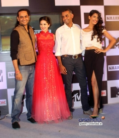 Sunny Leone with Cast Members of MTV Splits Villa