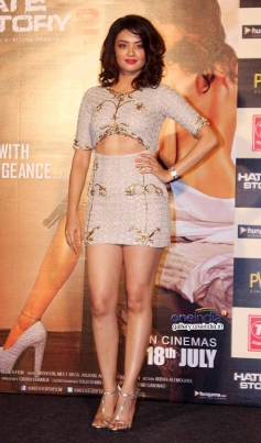 Surveen Chawla at Hate story 2 Trailer Launch