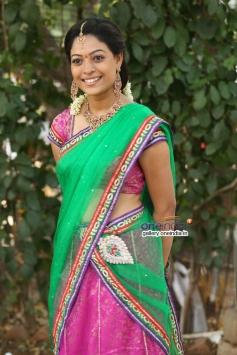 Telugu Actress Anjali Rao Images
