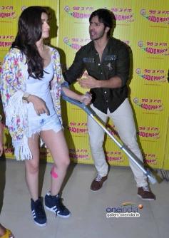 Varun Dhawan & Alia Bhaat at Radio Mirchi