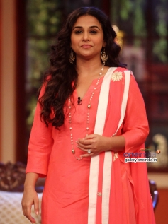 Vidya Balan at Bobby Jasoos Promotion on the sets of Comedy Nights with Kapil