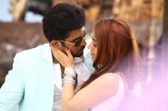 Vijay Antony & Aksha Pardasany still from Tamil Movie Salim