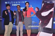 Sania Mirza Launches Celkon Smart Phones