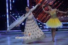 Kareena Kapoor, Sophie Choudry