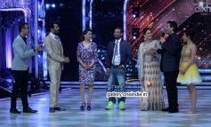 Ranvir Shorey, Manish Paul, Madhuri Dixit, Remo Dsouza, Kareena Kapoor, Karan Johar, Sophie Choudry