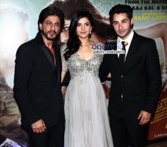 Shahrukh Khan, Deeksha Seth and Arman Jain