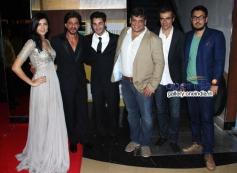 Deeksha Seth, Shahrukh Khan, Arman Jain and Arif Ali