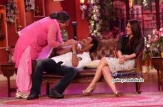 Ali Asgar, Ajay Devgan and  Kareena Kapoor