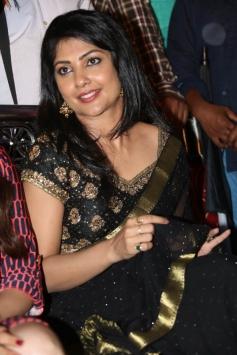 Kamalinee Mukherjee at Govindudu Andarivadele Teaser Launch