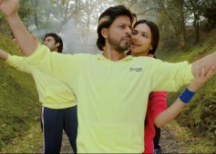 Shahrukh Khan & Deepika Padukone in Happy New Year