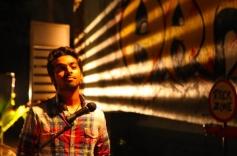 G V Prakash Kumar still from Darling Movie
