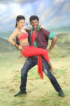 Vishal and Shruti Haasan