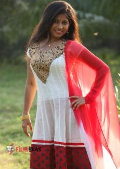 Eeshwa Shetty Still From Yemaindi Movie