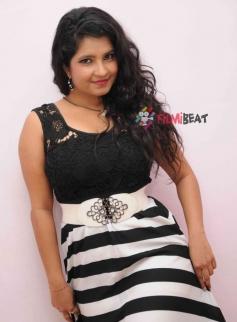 Shubha Poonja in Kotigond Love Story